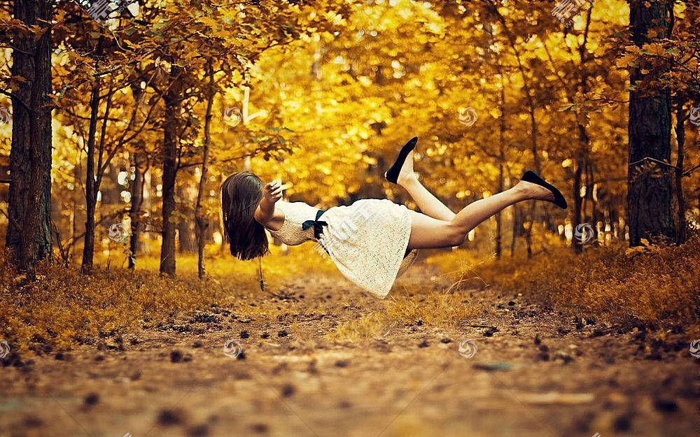 人,漂浮的,户外的女人,秋季,路径,树木,黑发,美女,模特64289