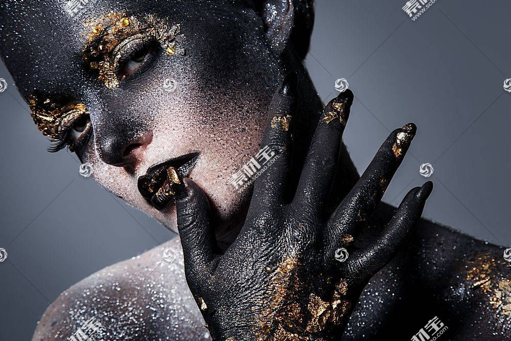 黑色彩妆模特