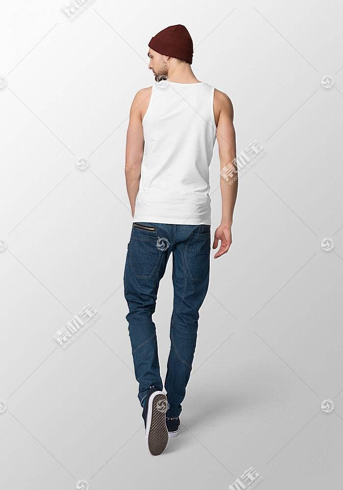 时尚年轻外国男模特服装背心展示智能样机素材