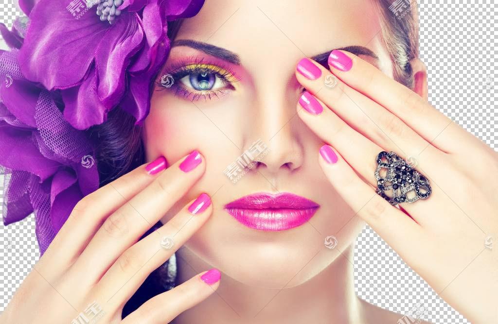 紫色女性指甲和面部妆容
