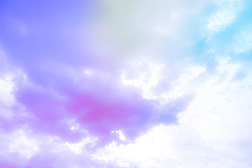 绚丽多彩的艺术天空令人惊叹_12499296