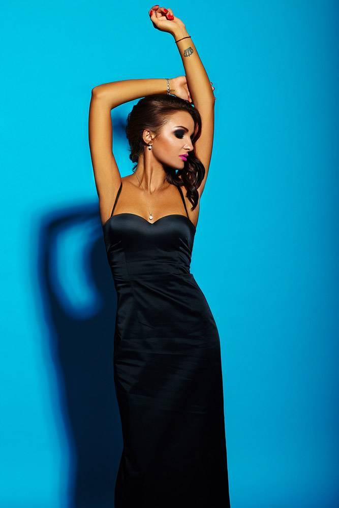 高级时尚造型美丽性感的高加索年轻时尚女_7250495