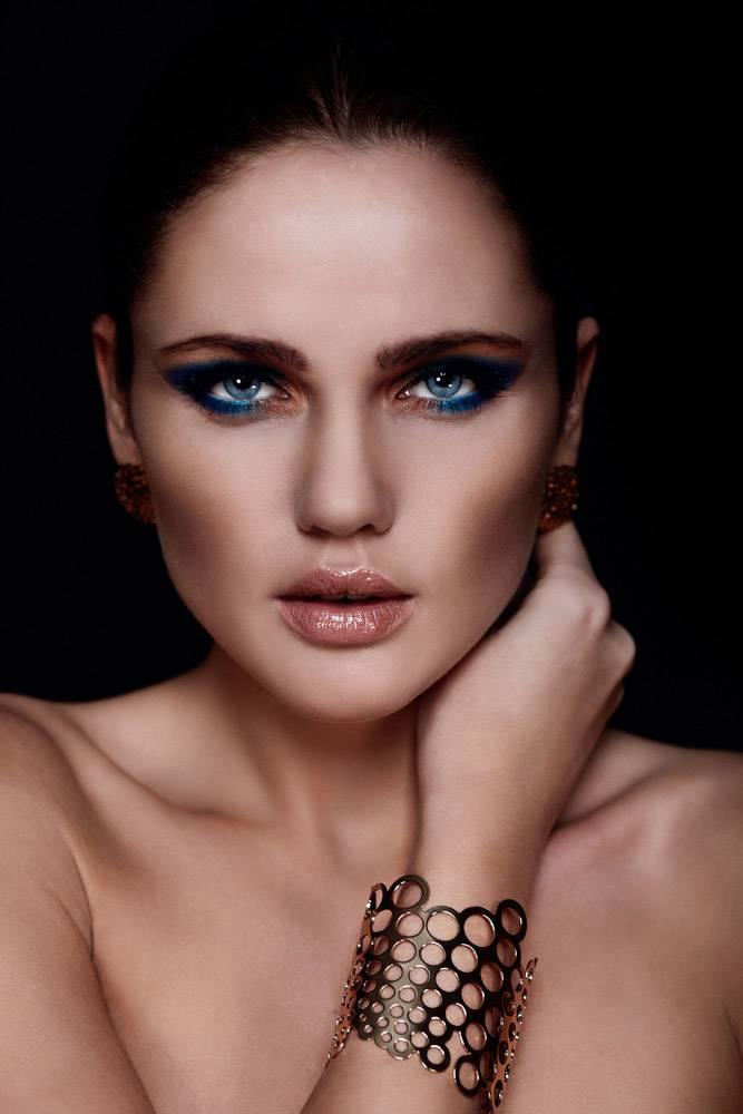 高级时尚造型魅力特写美女性感高加索年轻女_6546244
