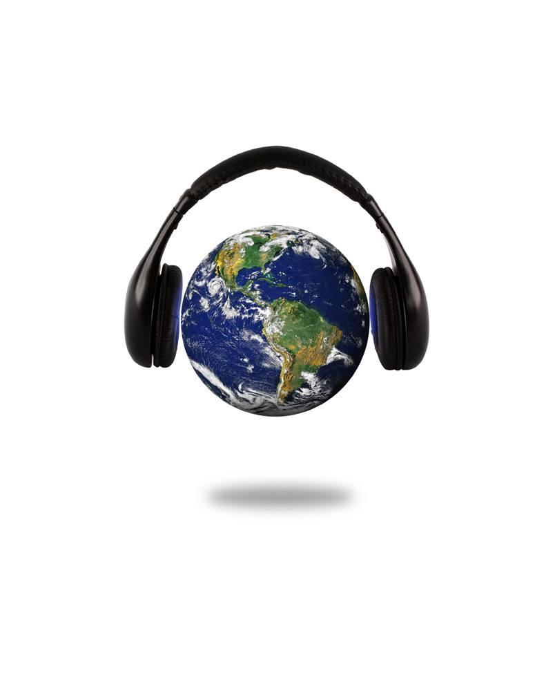 带耳机的星球地球_969626