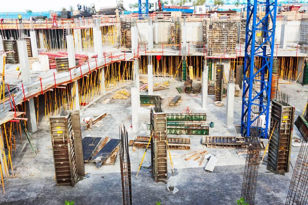 建造混凝土房屋_1329521
