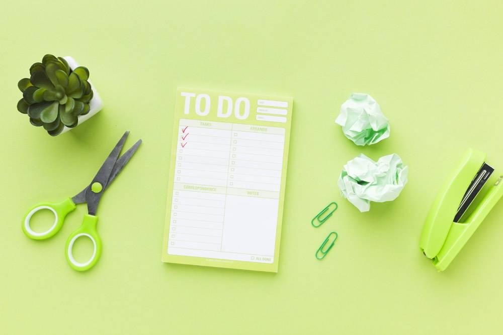 待办事项清单和绿色文具_7348552