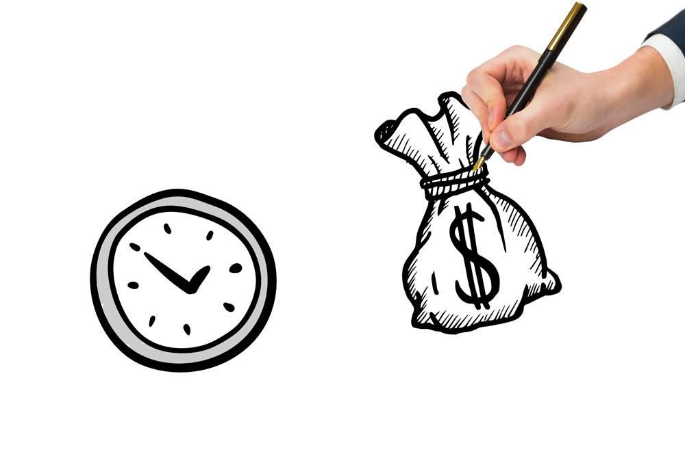 在钟旁边手绘钱袋的俯视图_902617