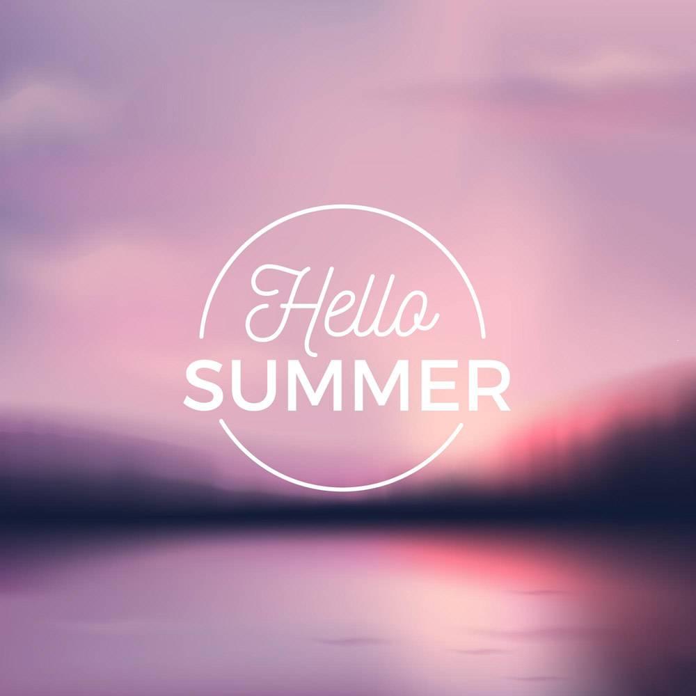 带有问候夏日信息的模糊照片_7973911