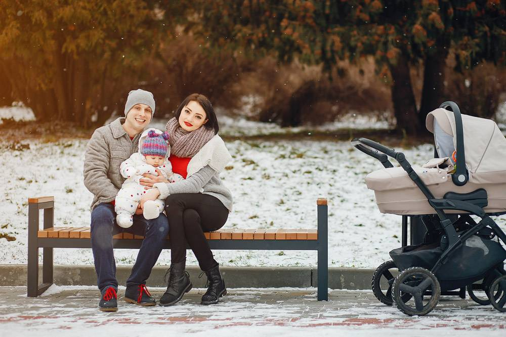 冬日家庭_3179138