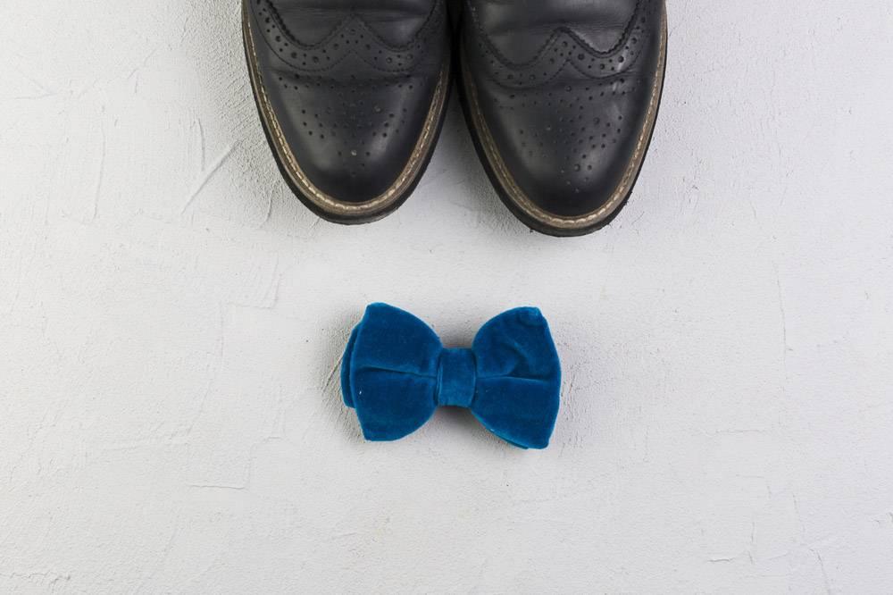 穿鞋打领结的父亲节构图_2037480